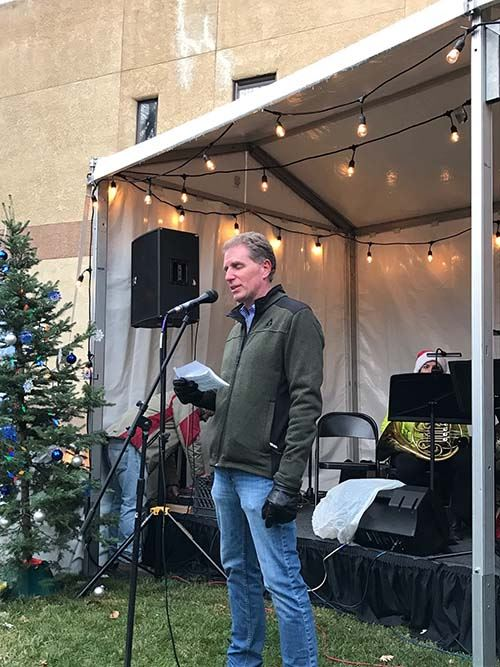 Mayor Michael Gamba welcomes crowd at the Nov. 17, 2016 Capitol Tree Event